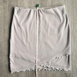Aritzia Dresses - 2-PIECE SET / Crowne t-shirt + Primrose skirt / xs